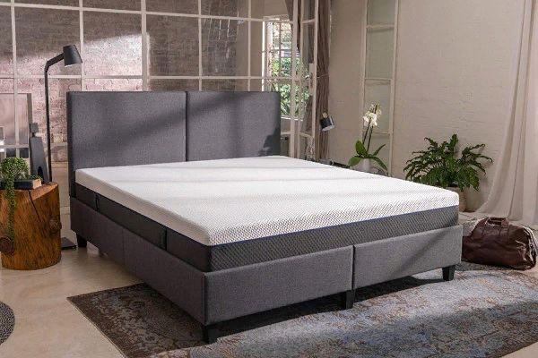 Emma Box Bed
